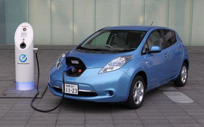 Пошлины на ввоз электромобилей отменят в России с апреля
